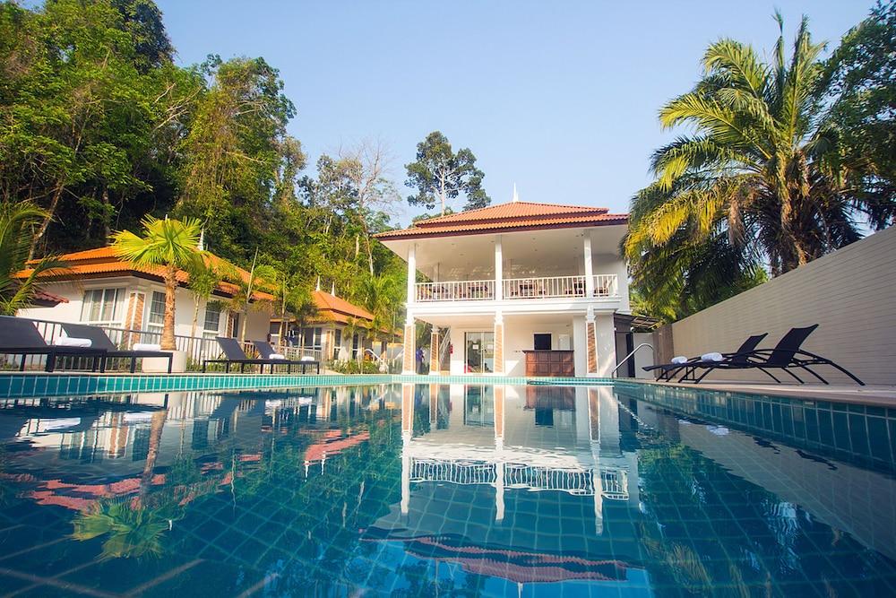 Hotel Lux Family Villas