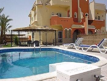 55 私人泳池公寓