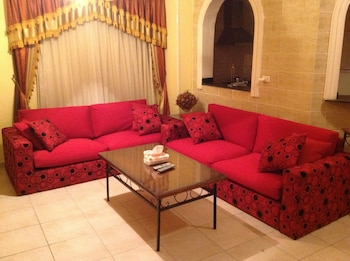 Apartment 55 with private swimming-pool - Lobby Sitting Area  - #0
