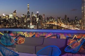 Aloft Long Island City - Manhattan View