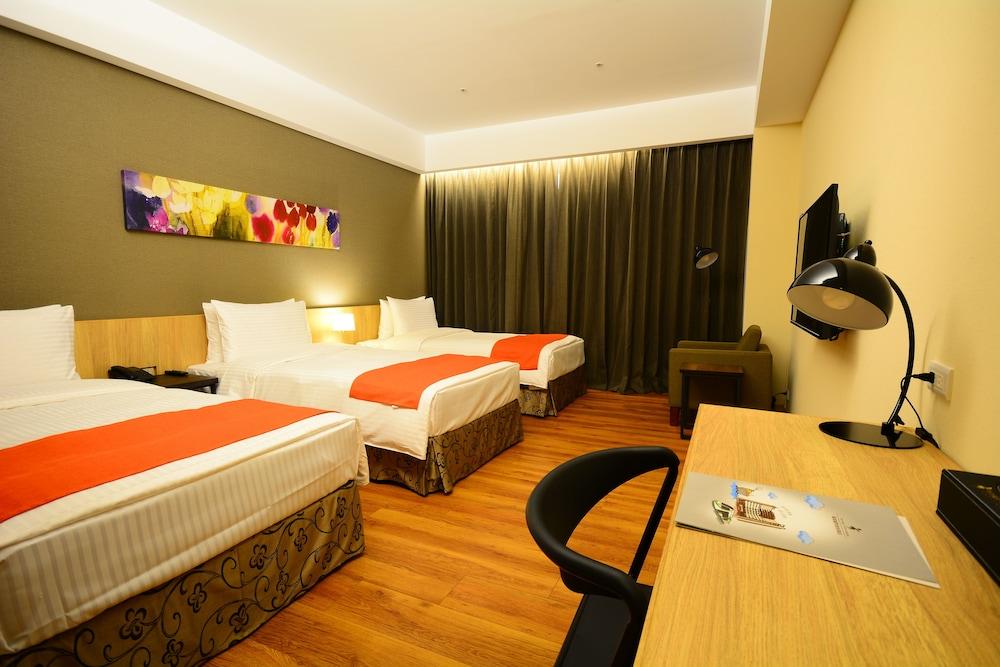 ホヤ リゾート ホテル高雄 (高雄富野渡假酒店)