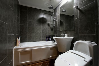 Hotel Page - Bathroom  - #0