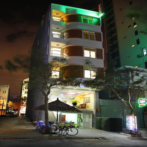Victori Hotel Da Nang, Ngũ Hành Sơn
