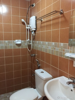 BALAIBINDA LODGE Bathroom
