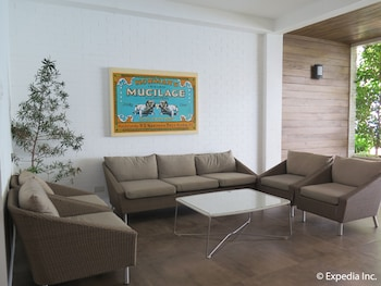 LA CHEVRERIE RESORT & SPA Lobby Sitting Area