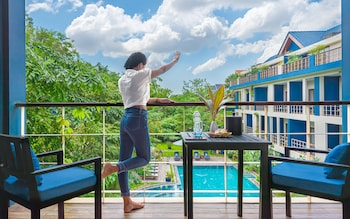Deluxe Double, Pool View, Special Offers, Free Roundtrip Transfers, Free Minibar