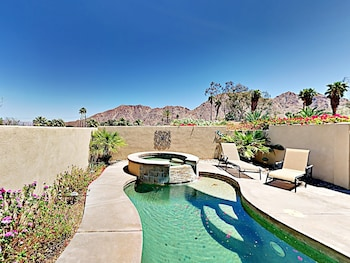 Mountain View La Quinta Stunner by RedAwning