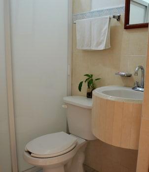 Hotel Posada Camelinas - Bathroom  - #0