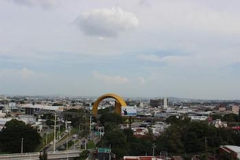 Eco Hotel Guadalajara Expo - Aerial View  - #0