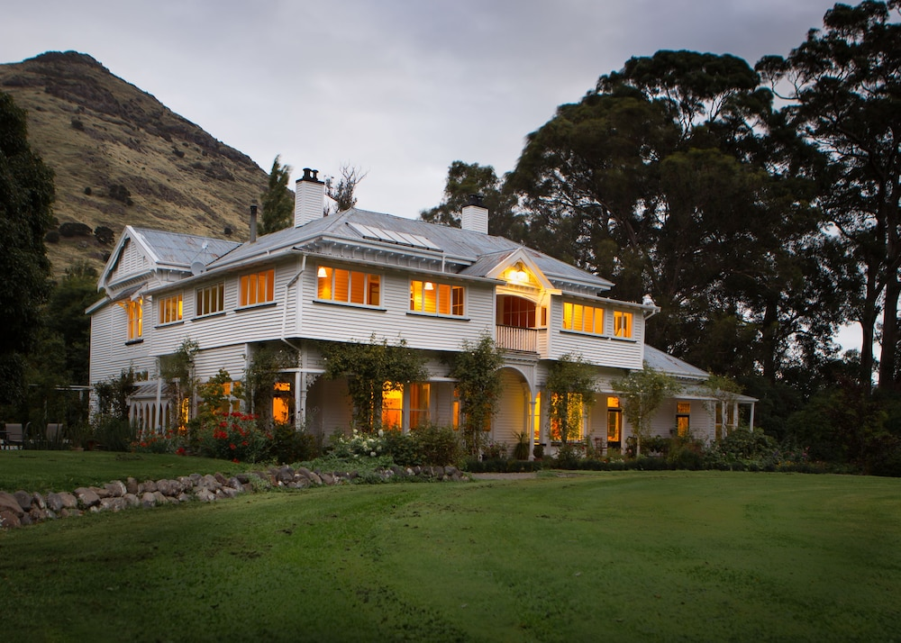 Kaituna Valley Homestead
