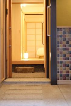 RESI STAY ANEKOJI Interior Entrance