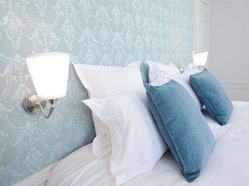. Villa Clément Sens Appart'hôtel