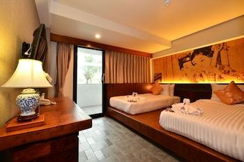 拉普洛伊卡隆濱海飯店