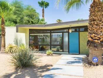A Poolside Classic in Palm Springs by RedAwning
