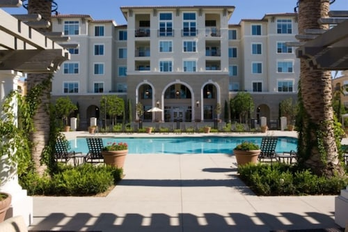 Global Luxury Suites at North Park, Santa Clara