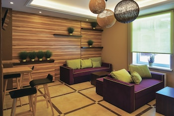 Voyage Business Hotel - Lobby Sitting Area  - #0