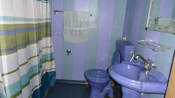 Kharpalace group of houseboats - Bathroom Shower  - #0