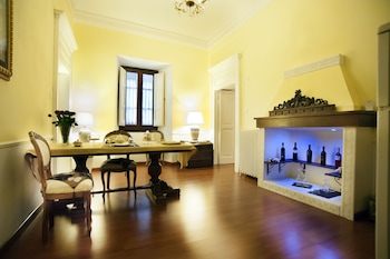 Palazzo Salini Luxury B&B - Featured Image  - #0