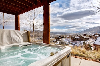 Luxury Log Cabin in Park City by RedAwning