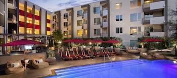 Global Luxury Suites at N. Civic Drive
