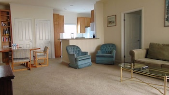 Magnolia Resort Apartments by My Key Vacation Rentals