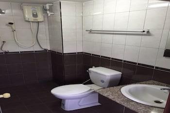 C.K. Residence - Bathroom  - #0