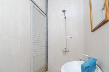 Airy Syariah Kota Tengah Sudirman 99 Gorontalo - Bathroom  - #0
