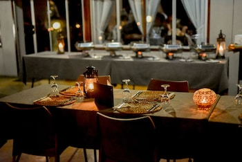 Unyati Safari Lodge - Dining  - #0