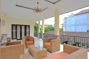 Airy Kuta Kartika Plaza Gang Samudra B2000 Bali - Terrace/Patio  - #0