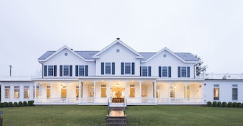 The Quogue Club at Hallock House