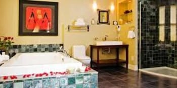 Ambrosia Guest House and Spa - Bathroom  - #0