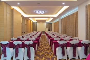 Greens Hotel & Suites - Indoor Wedding  - #0