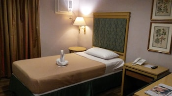 The Windy Ridge Hotel Manila - Guestroom  - #0