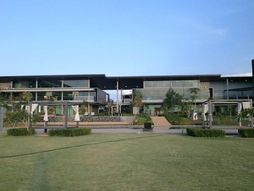 Samalaju Resort Hotel, Bintulu