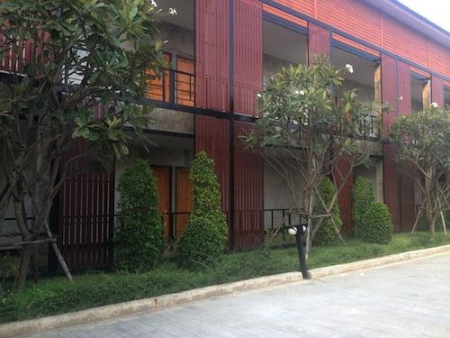 Buaksee Resort, Muang Sing Buri