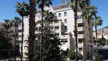 現代豪華兩房公寓飯店