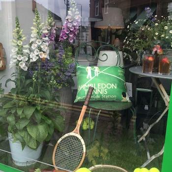 Wimbledon Holiday Lets - Exterior  - #0