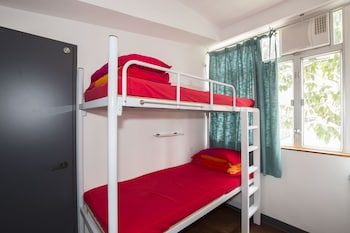 Economy Quintuple Room, Shared Bathroom