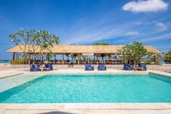 AVIA Villa Resort - Outdoor Pool  - #0