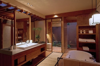 Wanakarn Beach Resort & Spa - Bathroom  - #0
