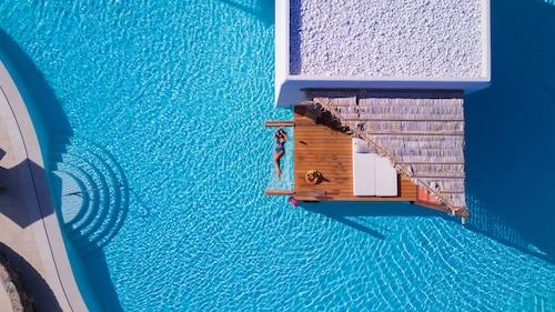 . Stella Island Luxury resort & Spa - Adults Only