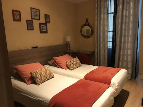 . Hotel La Carpe D'or