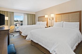 Room, 2 Queen Beds, Refrigerator & Microwave