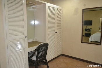 APARTELLE ROYAL In-Room Business Center