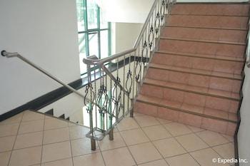APARTELLE ROYAL Staircase
