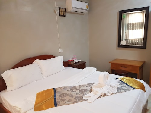 Keo Mony Hotel, Smach Mean Chey