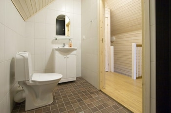 Saimaa Gardens Holiday Houses - Bathroom  - #0