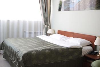 Отель Малетон