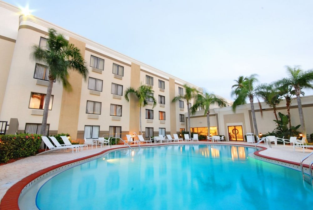 Hotel Holiday Inn FORT MYERS - DOWNTOWN AREA