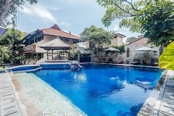 水明漾塔曼佩緹騰格禪房飯店